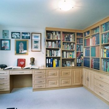 Fitted wardrobe for home office with drawers